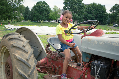 girl-tractor